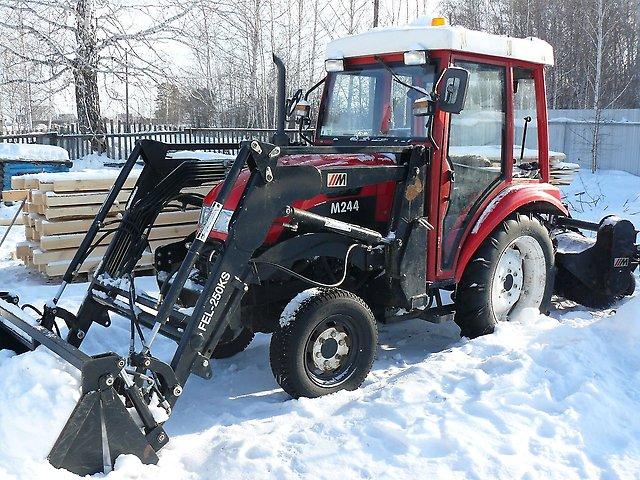 Трактора из Китая Dong